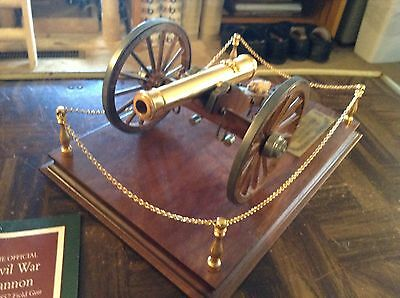 Franklin mint 1857 field cannon replica display