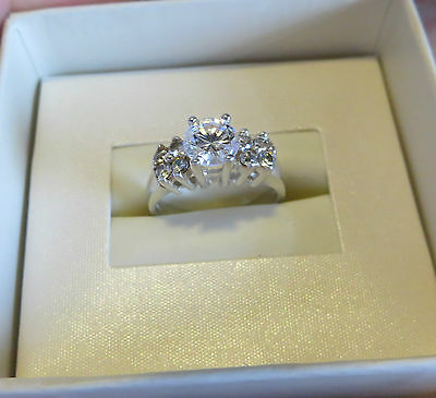 Vintage CZ solitaire with side stone engagement ring sterling silver size 6 NICE