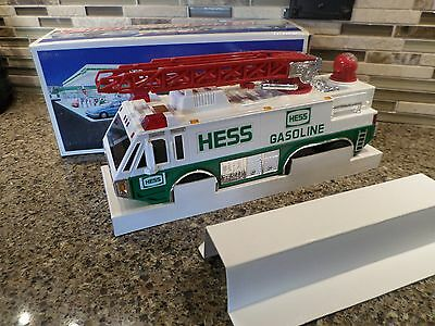 Hess Emergency Truck 1996 with Box New Mint