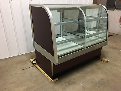 Federal - Dual Zone - Bakery Display Case
