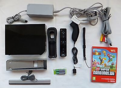 Black Nintendo Wii Console Package + Leads Required & 1 Game Super Mario Bros