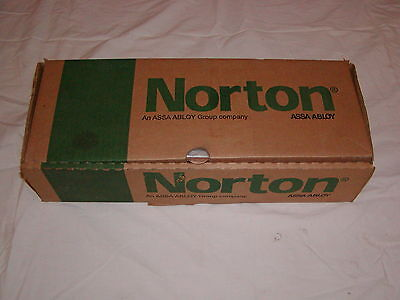Norton 7500 series Door closer RH/LH Aluminum / silver NEW IN BOX