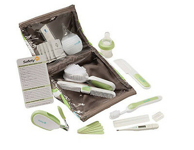Safety 1st Deluxe Healthcare and Grooming Kit, Dupont Circle Baby set blue green