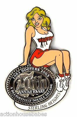 HOOTERS RESTAURANT 20th ANNIVERSARY GIRL STERLING HEIGHTS  LAPEL BADGE PIN
