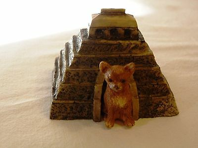 Sandicast Barkitecture Chihuahua & Mayan Temple Dog House Figurine Made in USA