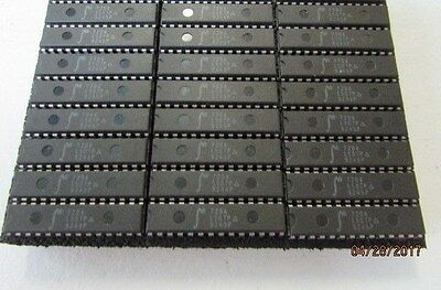IDT 7204L50TP IC Integrated Circuit 28Pin - Lot of 24 Pieces NEW!! NOS