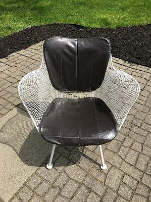 Vintage Mid Century White Metal Wire Accent CHAIR Russell Woodard. Eames Style.