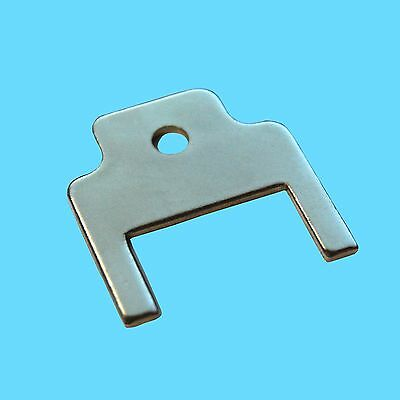 #770301 Paper Towel and Toilet Tissue Dispenser Key 1 PC