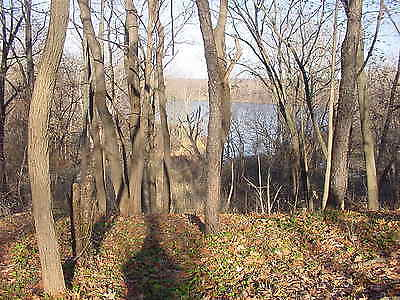 3.2 acre building lot overlooking Hudson River with hiking trails - upstate NY