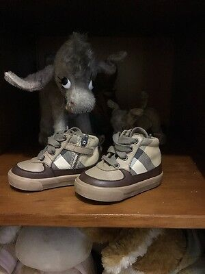 baby burberry Shoes Size 20 RRP£140