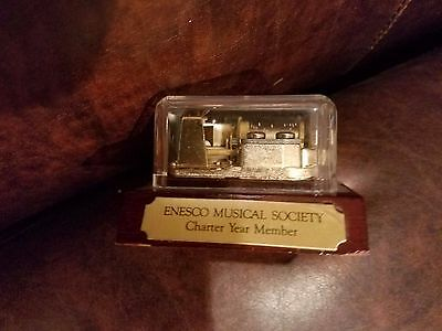 """Enesco Musical Society- """"Memory from Cats""""  3"""" x 3"""" x 2"""" Small Music Box"""