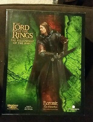 Sideshow Weta Lord of the Rings Boromir statue mint in box