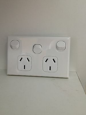 Double Powerpoint 10A with Extra Switch Standard White