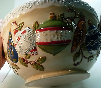 Mercuries China Holiday Christmas Large Round Serving Bowl - Ornaments Design