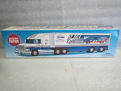 Crown 1998 Race Car Carrier - Collector's Edition