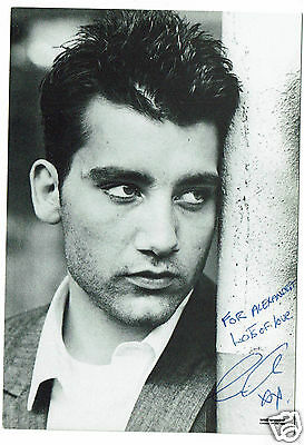Clive Owen British Actor Hand Signed Photograph 6 x 4