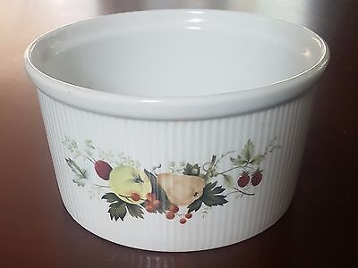 Miramont (TC1022) Souffle dish by Royal Doulton