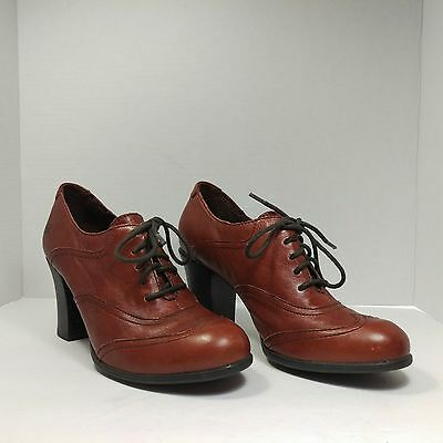 BORN Women's Leather Heels Lace Up Shoes Wingtip Cognac US 9.5 EURO 41 Granny