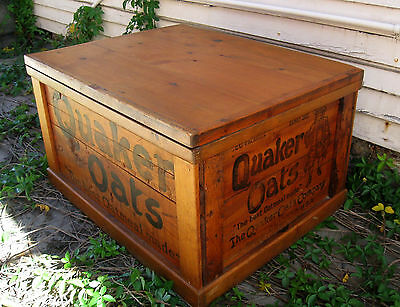 Antique Quaker Oats toy chest / storage box, wood vintage cereal ad