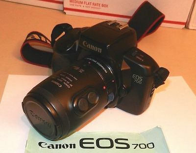 Canon EOS 700 35mm Film CAMERA SLR w/ Canon POWER Zoom Lens EF 35-80mm