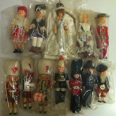 Carlson Doll British Queen Elizabeth II 2 Lot of 12 Beefeater Royal Peggy Nisbet