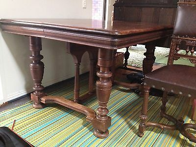 antique dining table extendable & 8 chairs