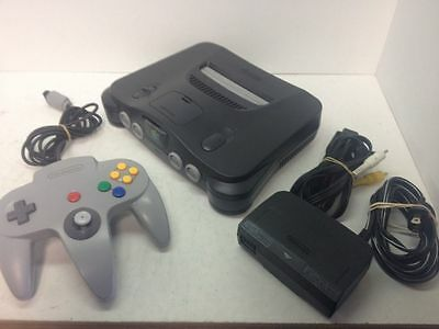 Nintendo 64 1XController and all cables Tested & Working (NTSC) Canadian seller