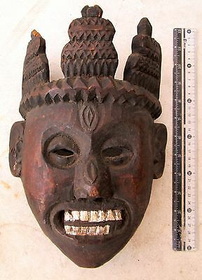 BEAUTIFULLY CARVED Old Tamang Bodhi Tree Wood Lama Shaman Mask