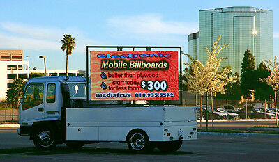 Mobile Digital Led Advertising Truck Billboard With Hydrolic Lift
