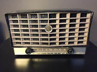 Vintage RCA Victor X110 Tube Radio, As Is, For Parts Or Repair