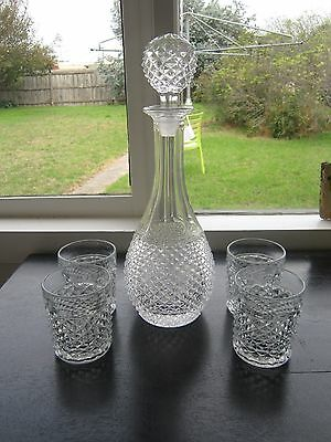 Beautiful Vintage Retro Tall Diamond Cut Spirit Decanter With 4 Tumblers.