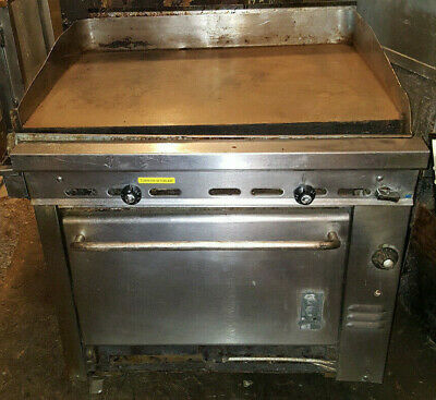 "Montague 36"" Square Flat Top Grill Griddle Natural Gas Stove Range w/ Oven"