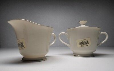 Lenox Hayworth Sugar with Lid and Cream With Gold Trim New