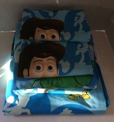 Toy Story Bed Disney Pixar Full Size Sheet Set Woody Buzz 2010 Fitted Flat 2 Pil