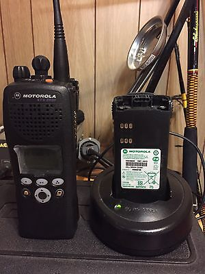 Motorola XTS2500 UHF PORTABLES in very nice condition 256chs good for ham