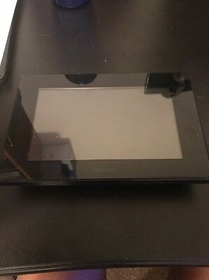"Sony 7"" Digital Picture Photo Frame DPF-D70 with AC Adapter ~ WORKING"
