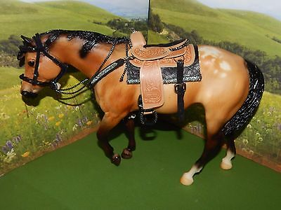 """02' Breyer Traditional Hall Of Fame """"sheza A Good Sport"""" #1159 With Tack & Foal"""