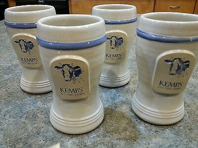 (4) Kemps It's the Cows Drinking Cups Dairy Milk Farm Moo