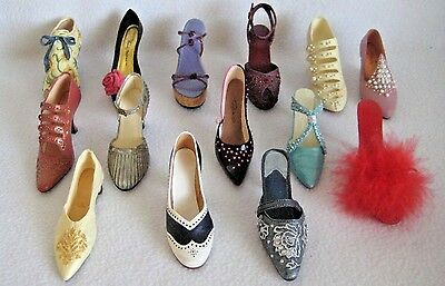 Just The Right Shoe Lot Of 16 W/1 Signed, 2 Breast Cancer