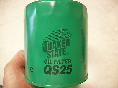 Quaker State Oil Filter #QS25 New, Lot of (8)