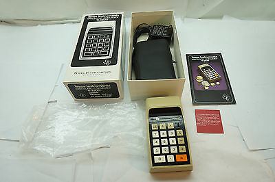 Vintage Texas Instruments Calculator Model Ti-2500 Datamath With Orig Box Case