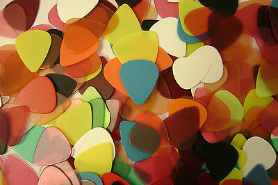 10 Guitar Pics Picks Plectrums Asorted Size And Colours