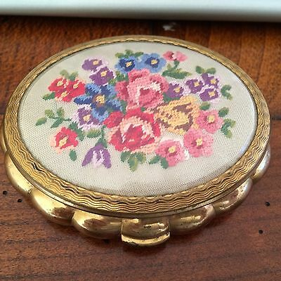Vintage Powder Compact from the 1940's has a Floral TAPESTRY NEEDLEPOINT on lid