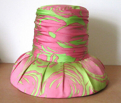 FABULOUS *BALESTRA ROMA* VINTAGE 1960s AUDREY HEPBURN STYLE GREEN PINK HAT