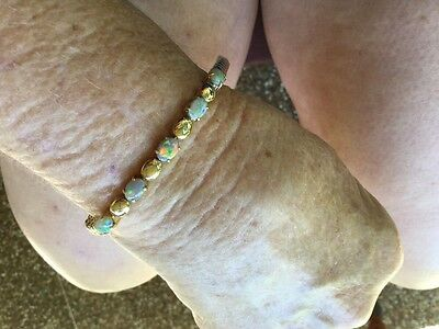 Absolutely gorgeous 9ct Gold Solid Opal Bracelet