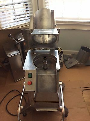 Very Nice Hobart Fp400 Food Processor With Pusher And Blades