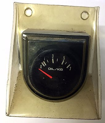 1970's Oil pressure gauge suit classic car restoration with fittings