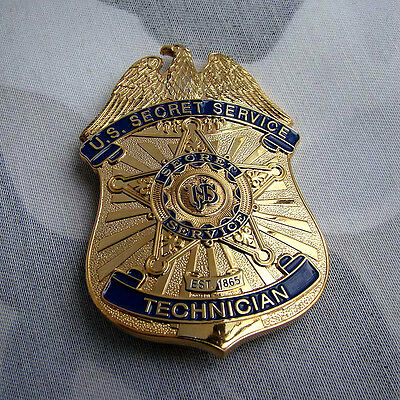Obsolete Gold US Badge Uniform Cosplay Insignia Brooch Belt Pendant Collection