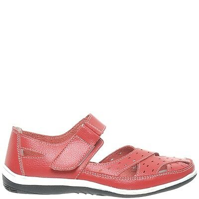 Comfort Me Broadway Womens Leather Everyday Shoe - Red
