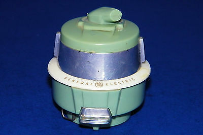 Vintage General Electric GE Advertising Sweeper Saleman Sample Pin Box Tape Meas